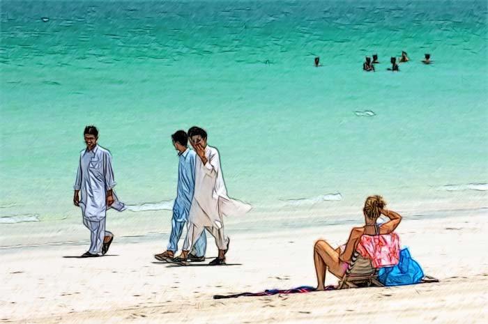 Температура воды в ОАЭ в апреле